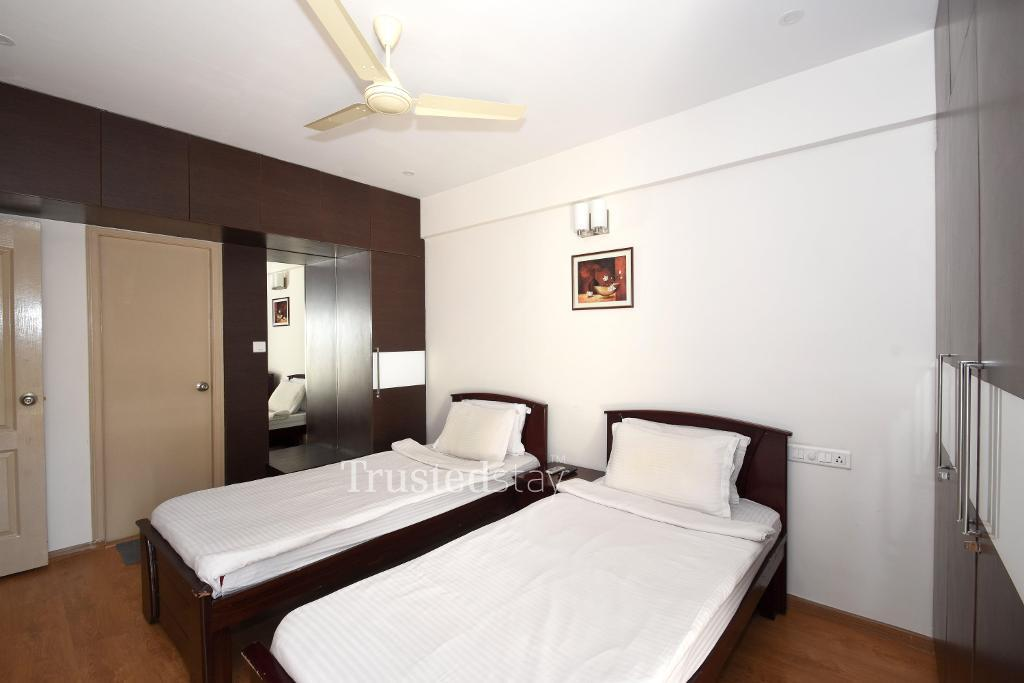 Furnished living area at Alcove Service Apartments in Bangalore