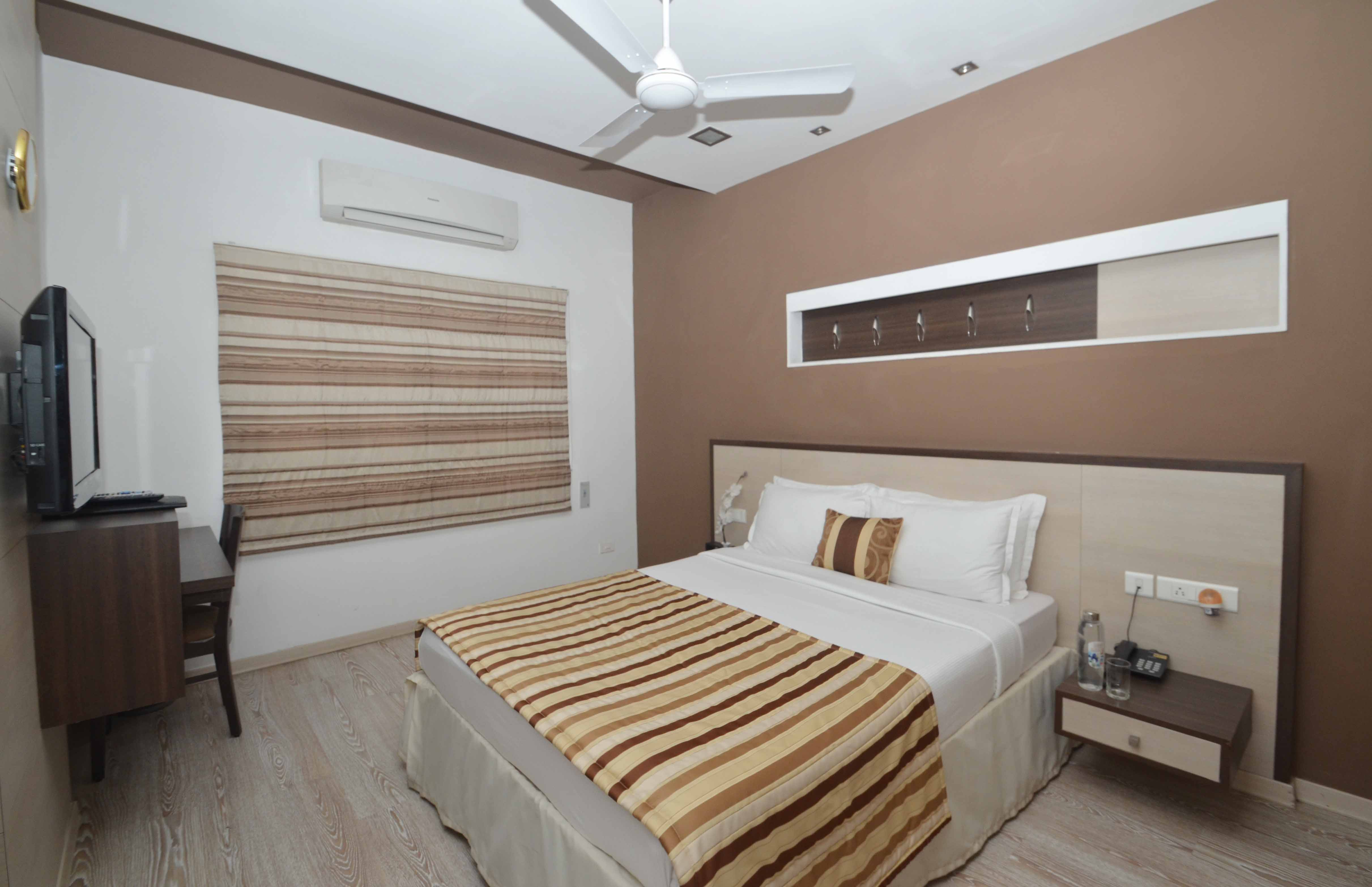 Service apartments in block 2 t nagar chennai corporate stay for Single bedroom flats for rent in chennai