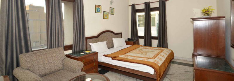Service Apartments in Safdarjung, Delhi