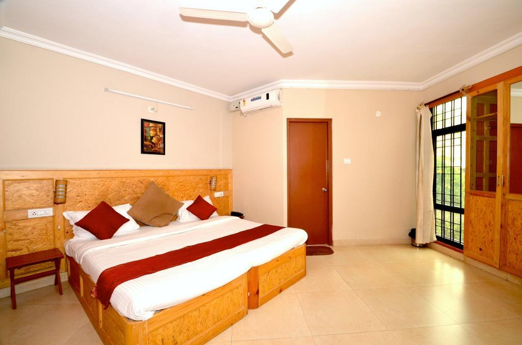 Master Bed Room | Alcove Service Apartments in Bangalore