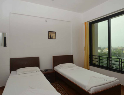 Bhandup West Mahindra Splendor Bedroom