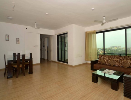 Bhandup West Mahindra Splendor Living Area