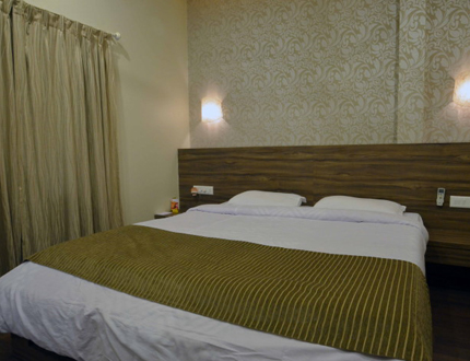 Bed Room | service apartments in Koregaon Park, Pune