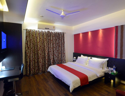 Master Bed room | Service Apartments in Magarpatta City, Pune